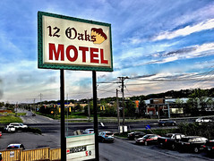 """Wanderlust"" (Halvorsong) Tags: sign signs motel motelsigns neon neonnights neonlights america americana usa nashville thesouth sunset classic old oldschool road roadside street roadtrip photosafari hiddengems art composition photography urban urbanexplorer city country downtown motels vintage explore discover sky light cityscape urbanjungle roadsideamerica halvorsong 12oaks"