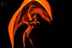 Taller El Niño de las luces (fotografiaintiquilla.edurne@gmail.com / FOTOGRÁFA) Tags: pintar luz largaexposicion estudio modelo lightpainting oscuridad elniñodelasluces