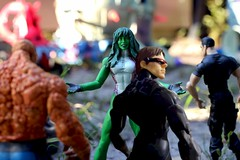 Paprihaven 1382 (MayorPaprika) Tags: canoneosrebelt6i macro marvellegends shehulk bengrimm thething jenniferwalters scottsummers cyclops frankcastle punisher 112 custom diorama toy story paprihaven action figure set