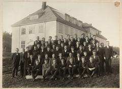 Holt Landbruksskole (Avtrykket) Tags: holtlandbruksskole elev klassebilde skolebilde tvedestrand austagder norway nor