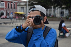 Detrás del lente (Omar Landaverry) Tags: guatemala retrato amateur nikon 1855 portrait professional