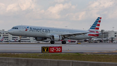 02092017_American Airlines_A321_N151UW_KMIA_NASEDIT (N1_Photography) Tags: