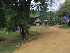 IMGP1952 (陳竹 / bamboo / Baipaii) Tags: thailand kanchanaburi waterfall erawanwaterfall onedaytrip pentaxq7 thammasat exchangestudent