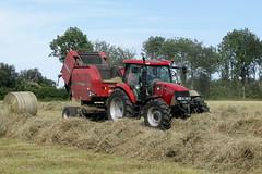 Case iH MXU 125 +  Case ih  RB 454 (Philippe-03) Tags: caseih case maxxum mxu tracteur tractors campagne agriculture foin fenaison