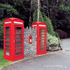 Nostalgic (PAUL YORKE-DUNNE) Tags: red post box booth telephone