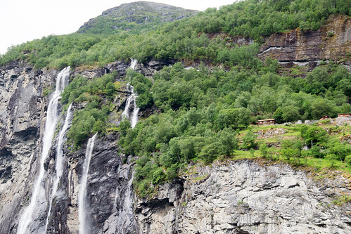 waterfalls from the Geraingerfjord ferry