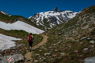 En marche vers le plateau d'Euloi (Switzerland)