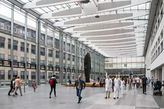 ... walk the walk of walks ... (neurosheep) Tags: erasmusmedischcentrum rotterdam