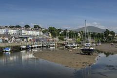 Caernarfon (Jimmy Davies) Tags: wales cymru gwynedd snowdonia cearnarvon harbour summer coast beach landscape
