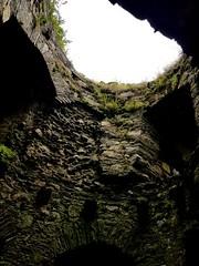 Kidwelly castle (Rich J Photo) Tags: kidwelly castle llanelli pembrey carmarthen carmarthenshire burryport bricks stones old