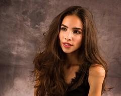 Hélène-21 (phonia20) Tags: woman girl studio face look pentax regard brunette hair eyes