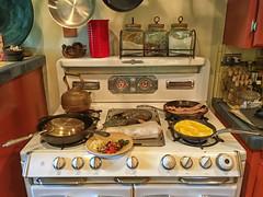 Croatia Breakfast (Maureen Bond) Tags: soccer fifa friends breakfast croatia stove eggs bacon omelets pans biscuits coffee mimosas doesntgetbetterthanthis okeefemerritt 52in2018 warm