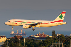 T7-MRA Middle East Airlines (MEA) Airbus A320-214 (buchroeder.paul) Tags: ltba ist istanbul ataturk airport turkey europe dusk t7mra middle east airlines mea airbus a320214