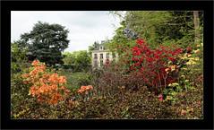 Le Parc de la vallée aux Loups (Jean-Louis DUMAS) Tags: vert banc love lovely champ publique public pelouse parc arbre jardin paysage