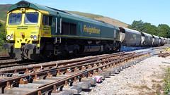 66607 at Edale (Steel Rails) Tags: edale derbyshire peak district hope valley line railway train diesel