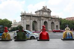 Madrid Las Meninas Parade-46 (meg williams2009) Tags: spain velasquez meninas meninasmadridgallery statues meninasstatues publicart