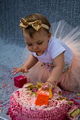 Baby Zayla-33 (Andy barclay) Tags: baby happy birthday 1st toddler girl cake smash one first smile messy portrait young pink
