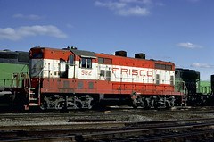Frisco GP7 562 (Chuck Zeiler) Tags: slsf frisco railway railroad emd locomotive clyde train chuckzeiler chz