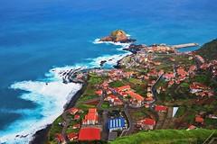 Madeira (Antoni Chorąży (Tony)) Tags: madeira blue green mountain landscape water sky sea bay city grass boat