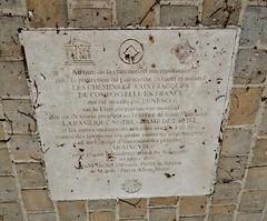 La basilique Notre-Dame a été classée monument historique en 1840 et inscrite en 1998 sur la liste du patrimoine mondial par l'Unesco au titre des chemins de Saint-Jacques-de-Compostelle en France. (areims) Tags: église lepine eglise