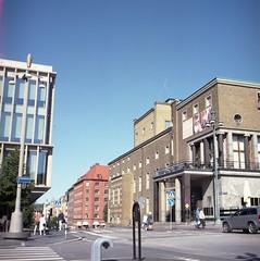 Götaplatsen (rotabaga) Tags: sverige sweden göteborg gothenburg lomo lomography lubitel166 mediumformat mellanformat 6x6 120 twinlens kodak portra160