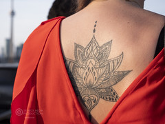The girl with the tattoo (Sir Heck C) Tags: no model pose street photo toronto 2018 construction site urban canada flag gh5 cn tower girl tattoo candid