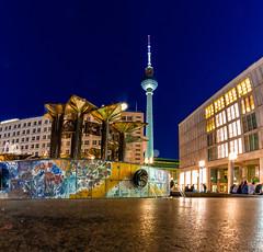alexanderplatz (Sparkly lens) Tags: alexanderplatz tv tower fernsehturm center berlinmitte berlin