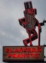 Planters (raddad! aka Randy Knauf) Tags: raddad6735212 raddad raddad4114 randy knauf cityview columbus columbusohio neon signs