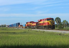 803 + 801, St Augustine FL, 26 June 2018 (Mr Joseph Bloggs) Tags: florida east coast fec miami hialeah jacksonville bowden saint augustine 226 fec226 801 803 gevo general electric train treno bahn railroad usa united states america freight cargo intermodal container stack gees44c4 es44c4