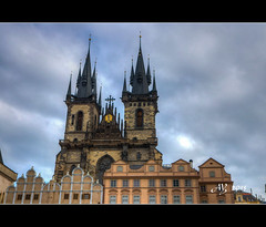 Church of Our Lady before Týn, Old Town Square (amandia) Tags: prague oldtownsquare stnicholas church ourladybeforetyn janhus memorial czechrepublic architecture