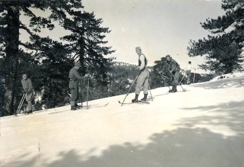 46-47 Troodos Ski 08
