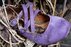 once apon  a time (Rosmarie Voegtli) Tags: pink shoe old withered onceaponatime leukerbad wallis valais suisse swtzerland svizzera hiking