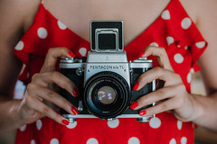 dotty about the pentacon...26//52 (Jess Feldon) Tags: colourfusion radicalred red 52weeks throughtheviewfinder viewfinder pentaconsix challenge dotty dots lookslikefilm jessfeldon project vintagecamera spots 50mm