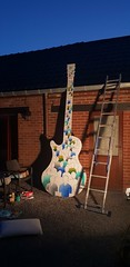 Work in progress... www.benheine.com  #art #painting #acrylic #guitar #music #people #crowd #creative #artist #foule #gens #music #rochefort #public #benheineart #benheine #samsungs9 (Ben Heine) Tags: art crowd artist benheineart people creative guitar rochefort music gens foule public painting acrylic samsungs9 benheine