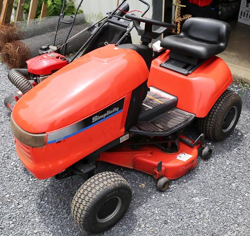 "Simplicity Riding Mower 14HP w/ 38"" Deck ($588.00)"