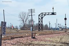 SB Wann Signal - Clear (tim_1522) Tags: railroad railfanning rail illinois il up unionpacific springfield sub subdivision colorpositionlight cpl gmo ca bo icg illinoiscentralgulf gulfmobileohio steel cantilever