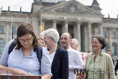 """""""Gleiches Recht für jedes Geschlecht!"""" Protest von Trans*-Personen vor dem Bundestag (tim.lueddemann) Tags: transsexualität bundestag spd bundesverband trans homo lesbian gay inter geschlecht dritte option gesetz protest"""
