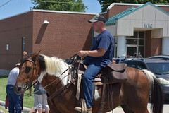 139th Annual 4th of July Parade (Adventurer Dustin Holmes) Tags: 2018 marshfieldmo marshfieldmissouri marshfield missouri event events parade parades outdoor outdoors ozarks july4th 4thofjuly independenceday 139th annual celebration webstercounty midwest horse horses equestrian riding riders people humans animals animal domesticated horsebackriding