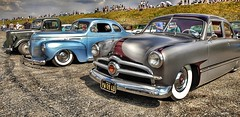 Dragstalgia 2018. Santa Pod Raceway. (lawlgungaphul) Tags: santapod santapodraceway vintage vintagecars ford pictureoftheday picture classic classiccar classiccars retro oldschooldragracing old oldclassic flickr 50sclassics 50sclassic oldfords photography samsungphotography rockabilly