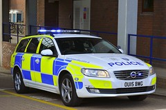 OU15 BWG (S11 AUN) Tags: thames valley police tvp volvo v70 d5 anpr traffic car roads policing unit rpu 999 emergency vehicle ou15bwg