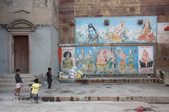 Varanasi (mbphillips) Tags: banaras uttarpradesh ganges ganga उत्तर प्रदेश वाराणसी गंगा southasia india 인도 印度 インド asia アジア 아시아 亚洲 亞洲 mbphillips geotagged photojournalism photojournalist hindu hinduism हिन्दू 바라나시 travel inde indien 캐논 canoneos450d canoneosrebelxsi canoneoskissx2 canon canon450d sigma18200mmf3563 sigma varanasi バラナシ
