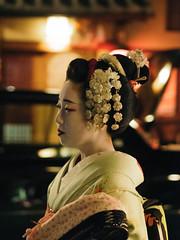 Japan2018-4181074 (Marie.m.pepin) Tags: 京都市 京都 kyoto gion geiko maiko maikosan geikosan geisha 祇園 芸者 芸子 花街 舞妓