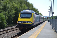 East Midlands Trains Class 43s 43465 & 43480 - Chesterfield (dwb transport photos) Tags: eastmidlandstrains hst locomotive 43465 43489 chesterfield