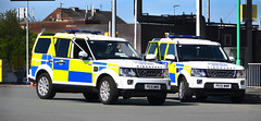 Mersey Tunnel Police Landrover Discovery PE15 WWS & PE15 WWR (sab89) Tags: mersey tunnel police landrover discovery pe15 wws wwr