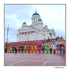 line of colorful bears (harrypwt) Tags: harrypwt borders framed city helsinki finland building coastal night light 11 square e520 1454 stulptures colorful wawang