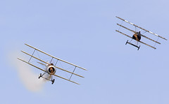Triplanes Dogfight (Bernie Condon) Tags: uk british shuttleworth collection oldwarden airfield airshow display aviation aircraft plane flying militarypageant june june2018 greatwarbirdsdisplayteam gwdt sopwith triplane ww1 rfc royalflyingcorps raf royalairforce military warplane 3wing greatwar vintage