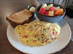 Grilled Chicken Omelet (earthdog) Tags: 2018 work travel businesstravel food egg edible meal plate omlete bread googlepixel pixel androidapp moblog cameraphone hotel carlsbad sheraton restaurant sevenmile