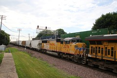 UP #2276 SD60M 3 window tri-clops. Some graffiti too (kschmidt626) Tags: union pacific train illinois rochelle park railroad graffiti bnsf burlington diamond