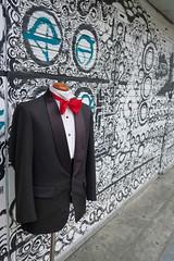 Street Tux (Mondmann) Tags: tuxedo tux streettux street seoul itaewon korea southkorea rok republicofkorea asia eastasia graffiti mondmann canonpowershotg7x