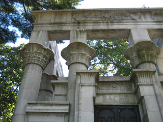 Bache Egyptian Style Mausoleum Front View Woodlawn NYC 0799